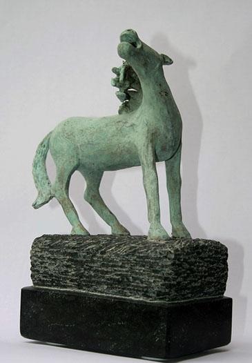 """""""Dansend Paard – 2"""" Brons, Diabas, Unicum"""